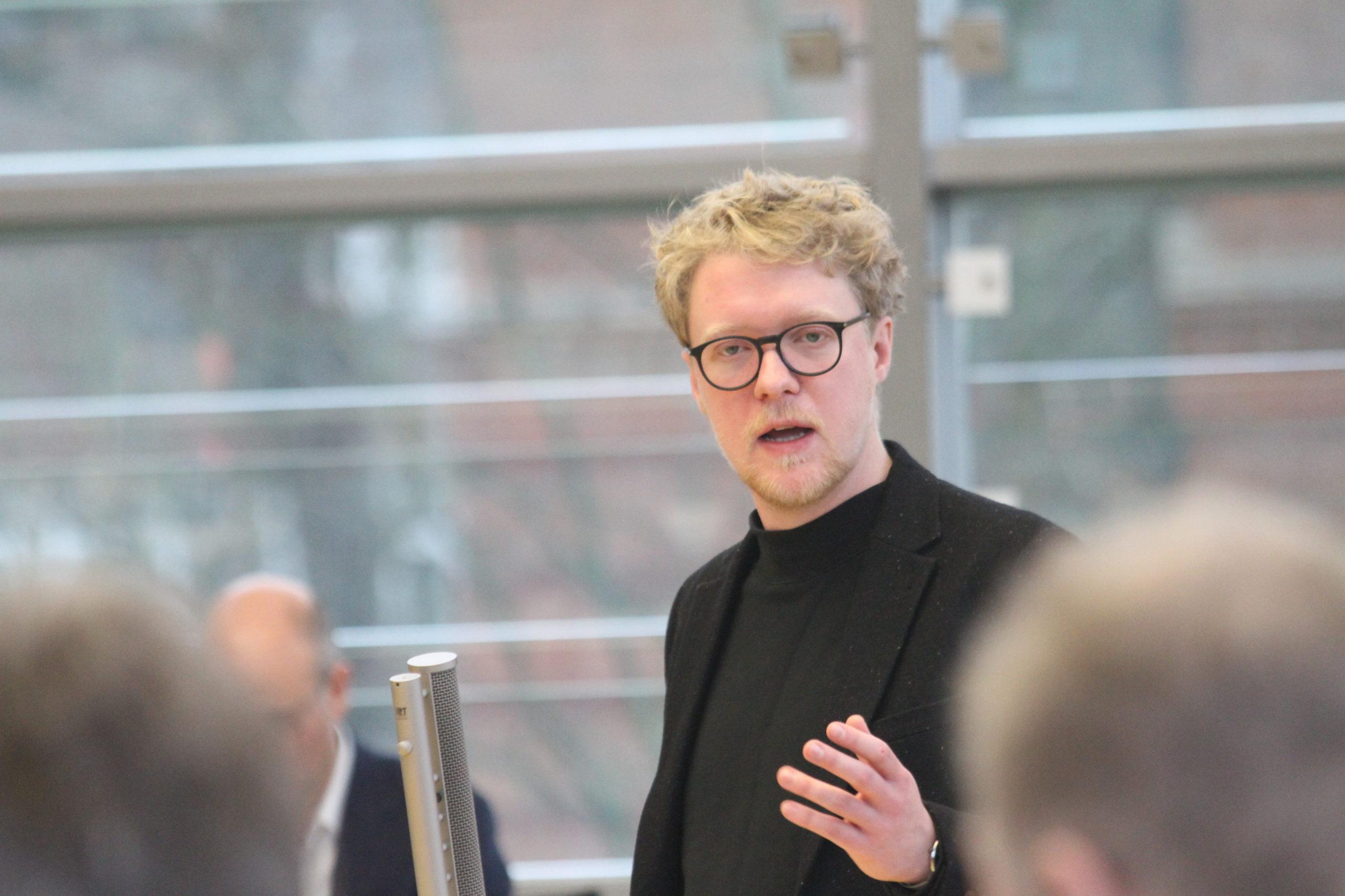 Lasse Petersdotter im Landtag Schleswig-Holstein